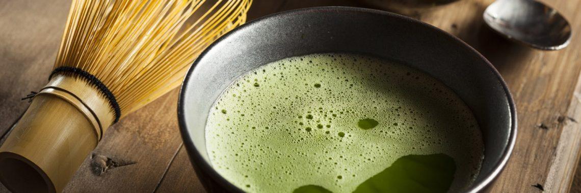Preparación de té matcha
